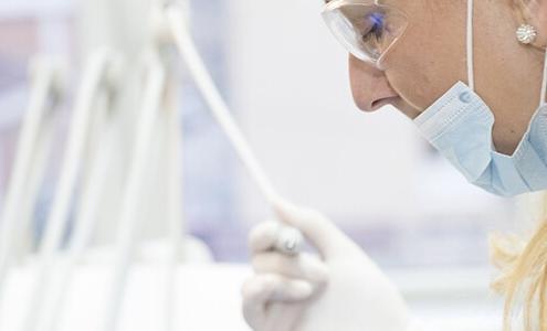 dental hygienist check-up